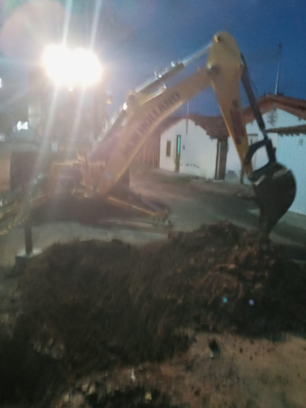 Vazamento de rede deixa 3 localidades de Jequié sem água