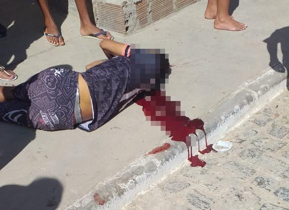 Uma pessoa foi assassina e outra baleada na Baixa do Bomfim