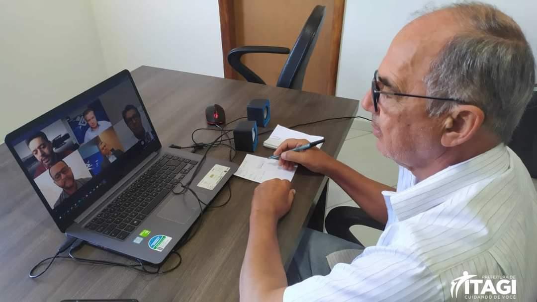 Itagi: Prefeito Olival Andrade é radicalmente contra o fechamento da agência do Banco do Brasil de Itagi.