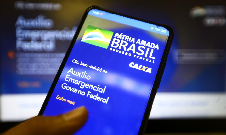 Auxílio Emergencial 2021: pagamento da 3ª parcela é antecipado. Confira novas datas