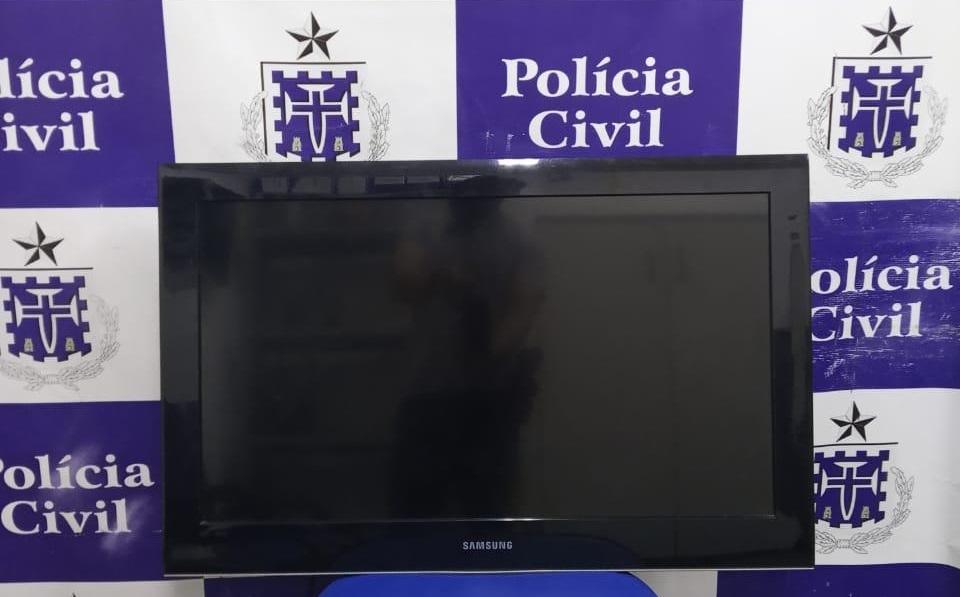 Jequié: Polícia recupera TV furtada que era vendida no facebook