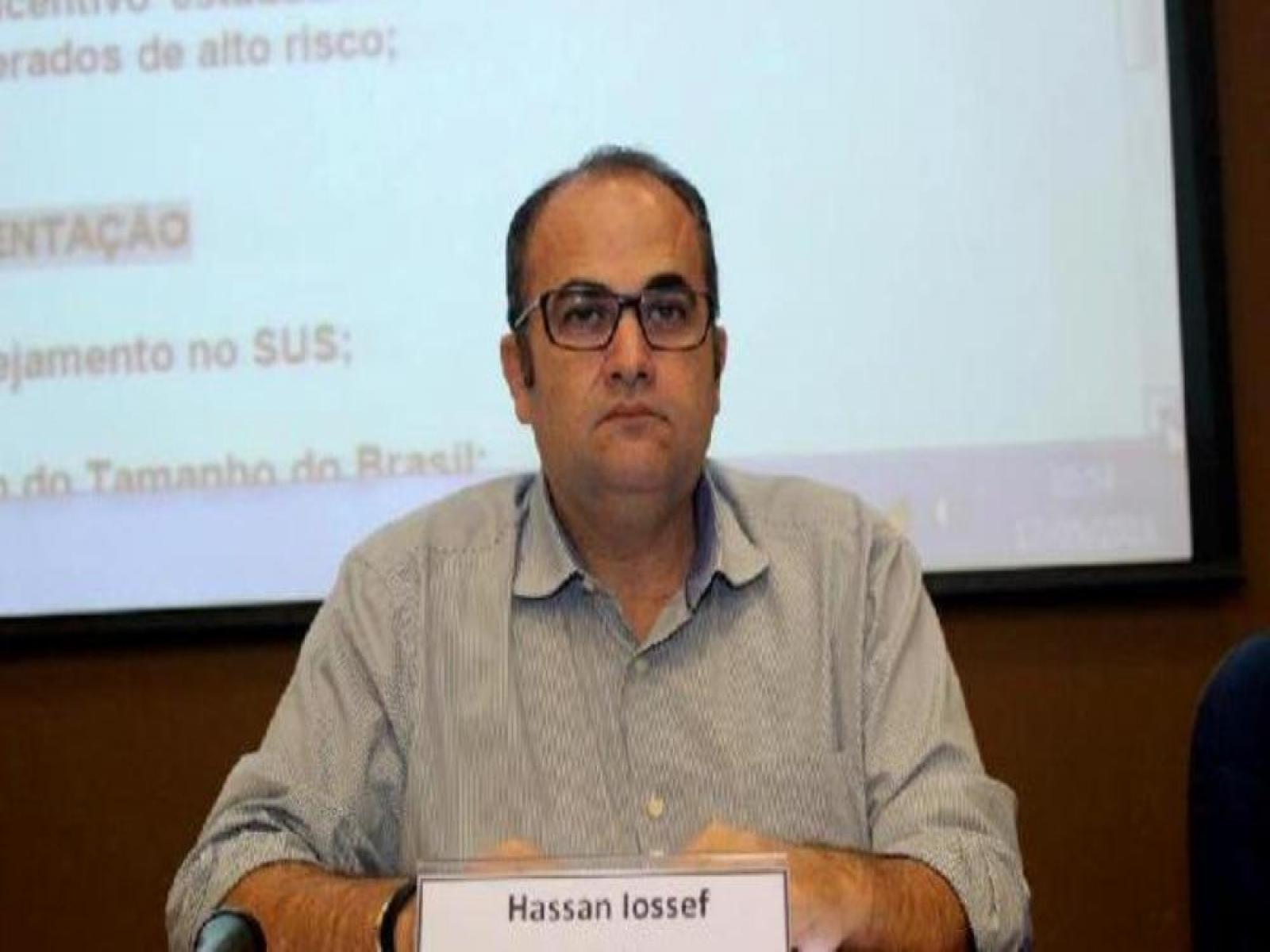 Prefeito Hassan Youssef exonera 15 cargos de confiança e reduz o próprio salário em 25%, veja a relação dos demitidos